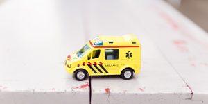 Liggende sygetransport hjælper den mindre akutte kunde